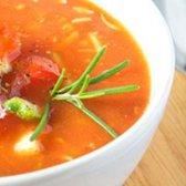 Gazpacho com caranguejo e abacate [receita]